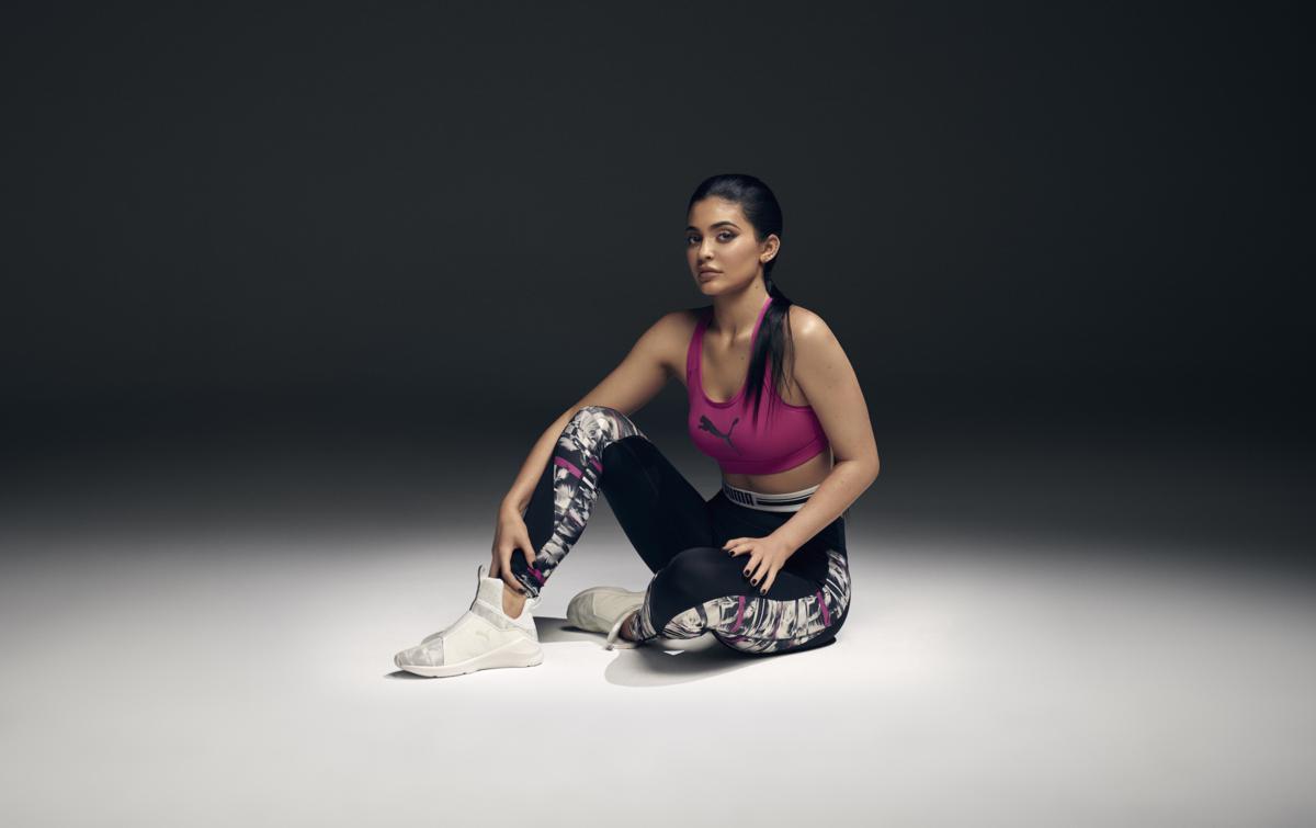 Kylie Jenner - Puma Swan Pack