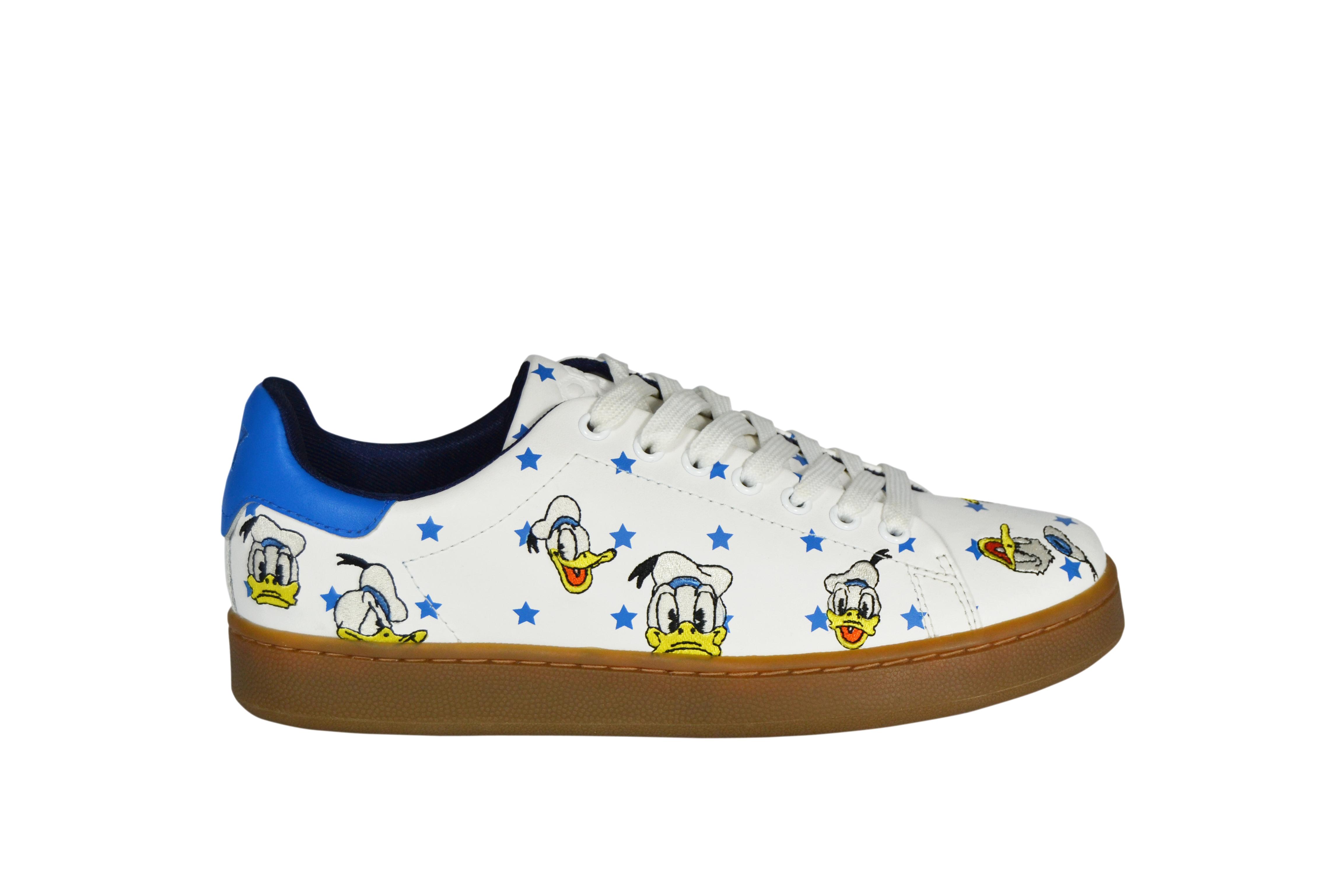 Pitti  MOA presenta la sneaker Donald  65924afa097