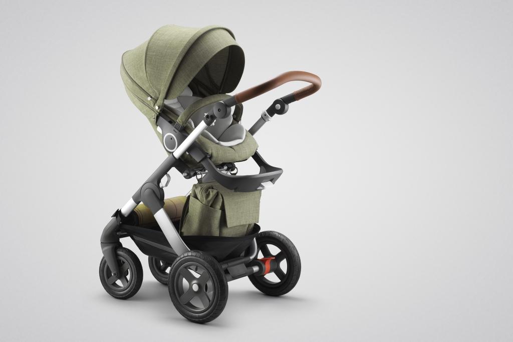 Stokke® Trailz™ with Stokke® Stroller Seat, Nordic Green.