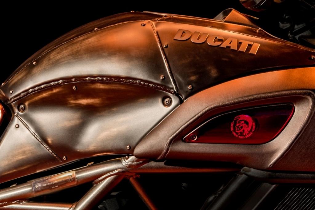 ducati diavel diesel (2)