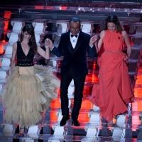 Anouchka Delon e Annabelle Belmondo in Le Silla