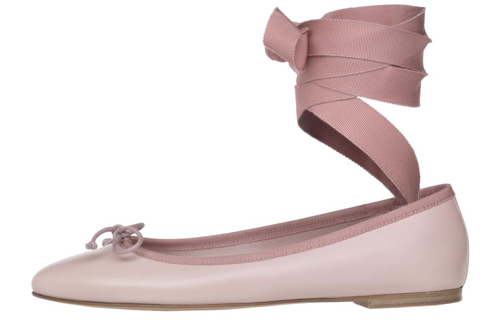 Audrey dancing in pink - Pretty Ballerinas