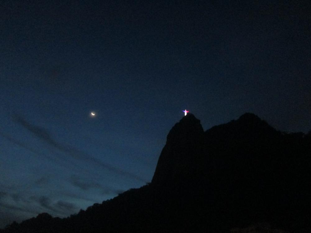 Corcovado la notte - foto di Lisa Molinari e Gustavo Abreu
