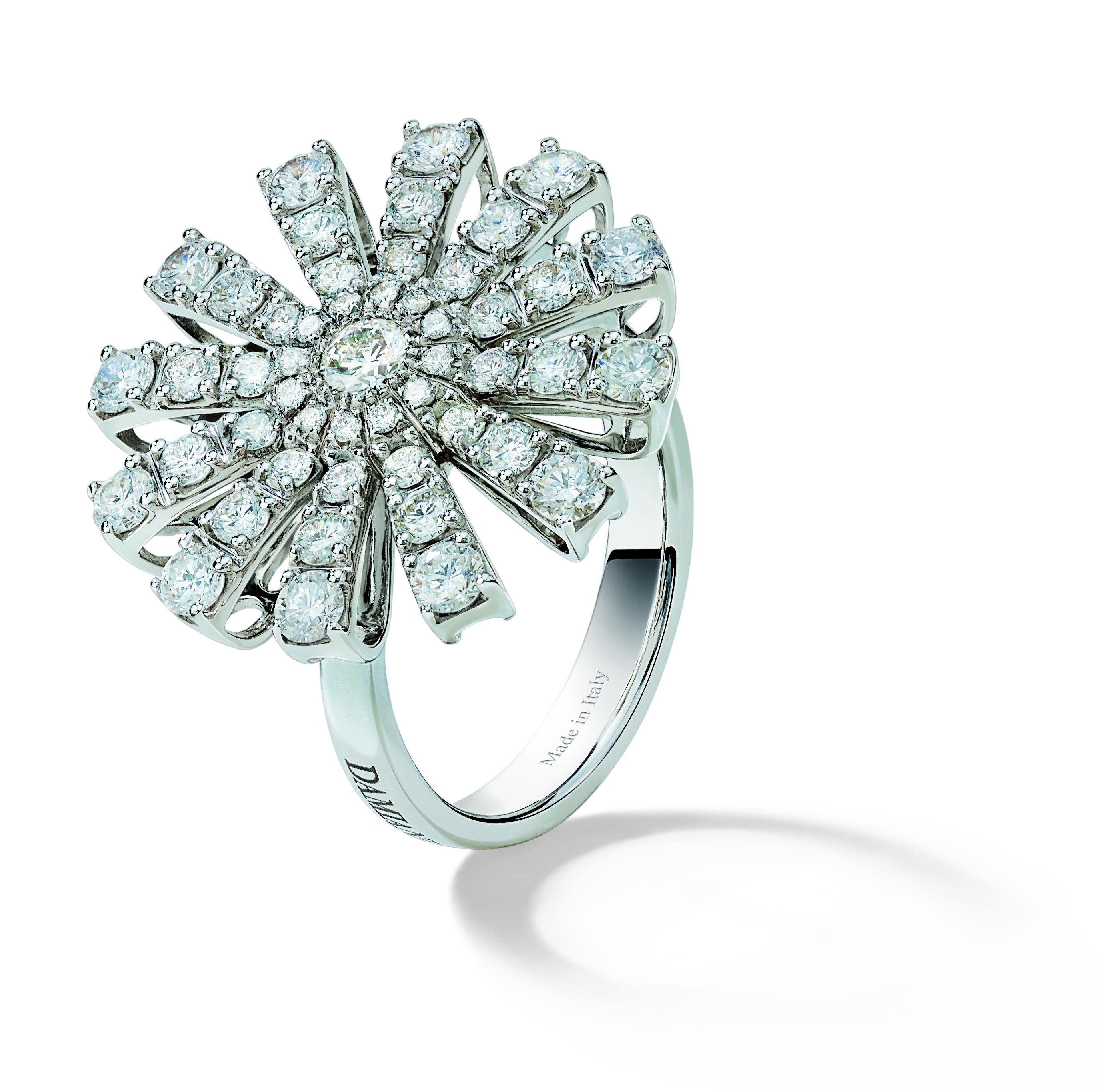 Anello Collezione Margherita in oro bianco e diamanti
