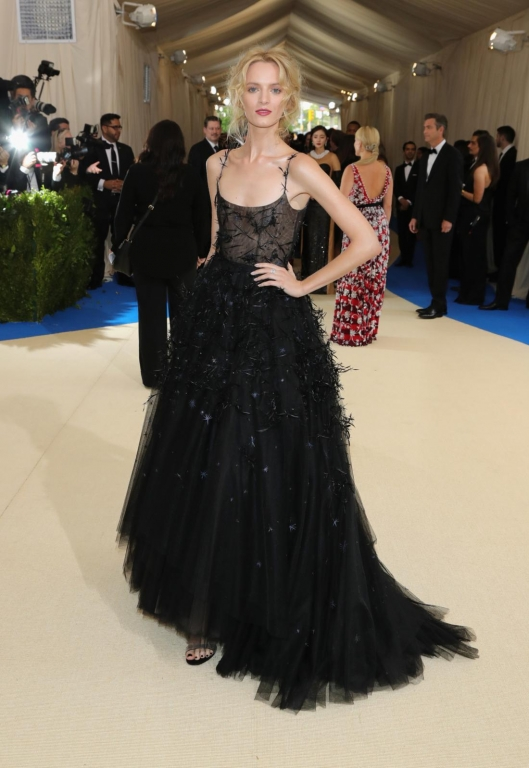 Daria Strokous in Dior (Photo by Neilson Barnard/Getty Images)