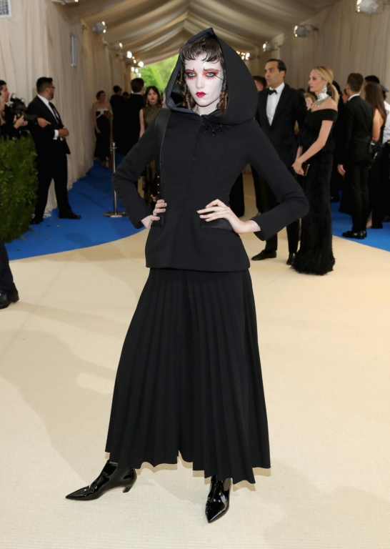 Grace Hartzel in Dior (Photo by Neilson Barnard/Getty Images)