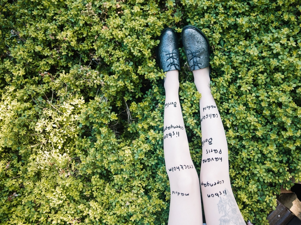 Zohara Fall Winter 2017-18 art on tights