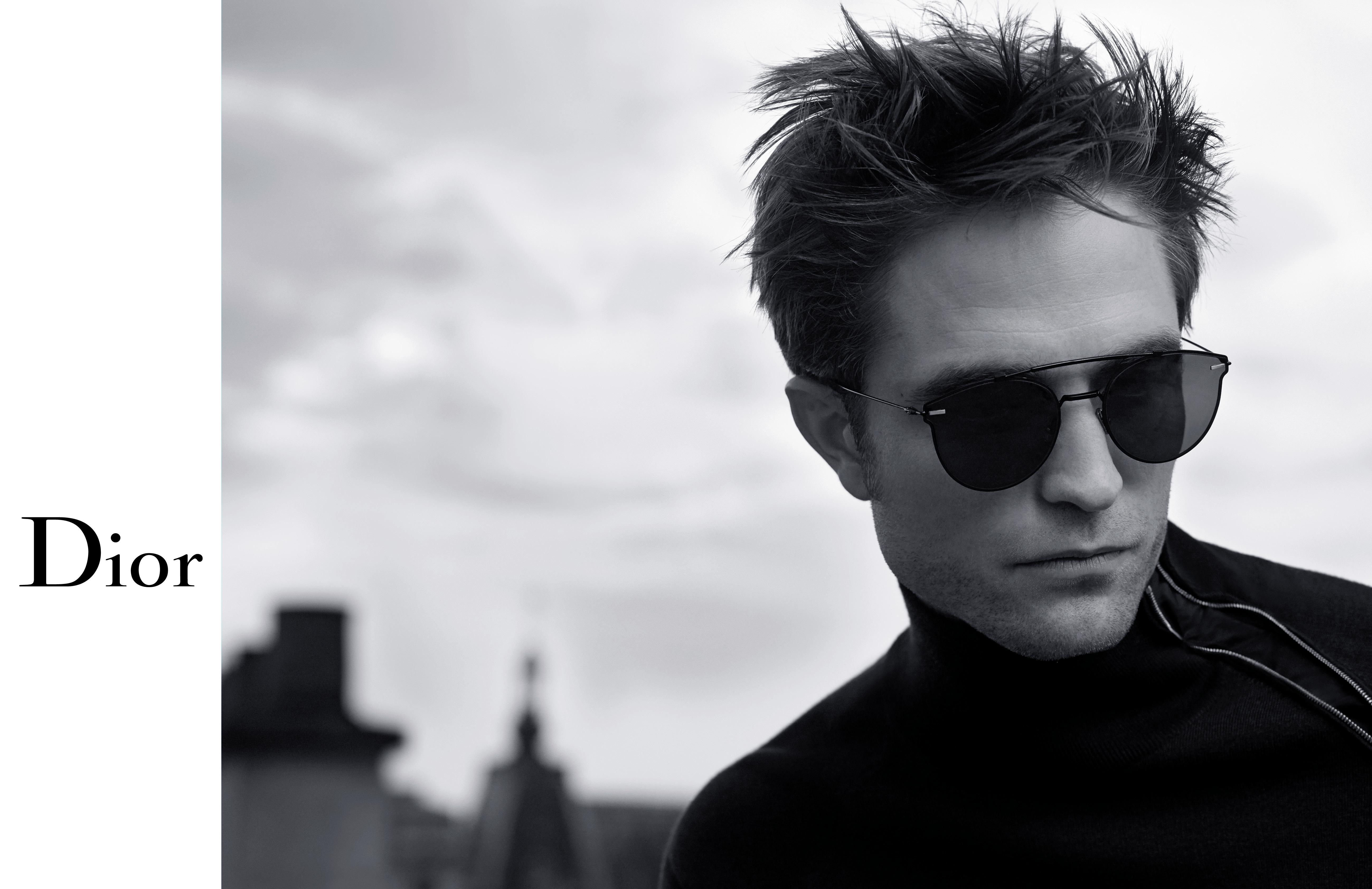 cc3124cf3f77 L attore Robert Pattinson è protagonista della nuova campagna Dior Homme ed  è stato fotografato a Parigi da Karl Lagerfeld.