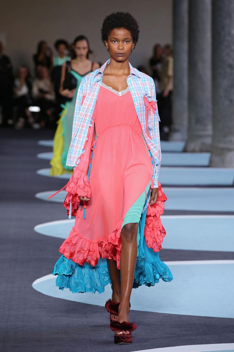 Milano Fashion Week Marco De Vincenzo Primavera Estate 2018 Fashion Times