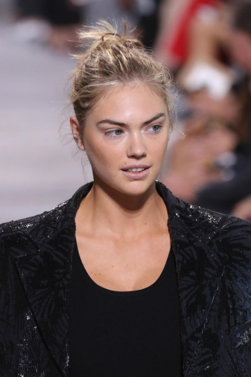 NEW YORK, NY - SEPTEMBER 13:  Kate Upton walks the runway for Michael Kors Collection Spring 2018 Runway Show at Spring Studios on September 13, 2017 in New York City.  (Photo by JP Yim/Getty Images for Michael Kors)