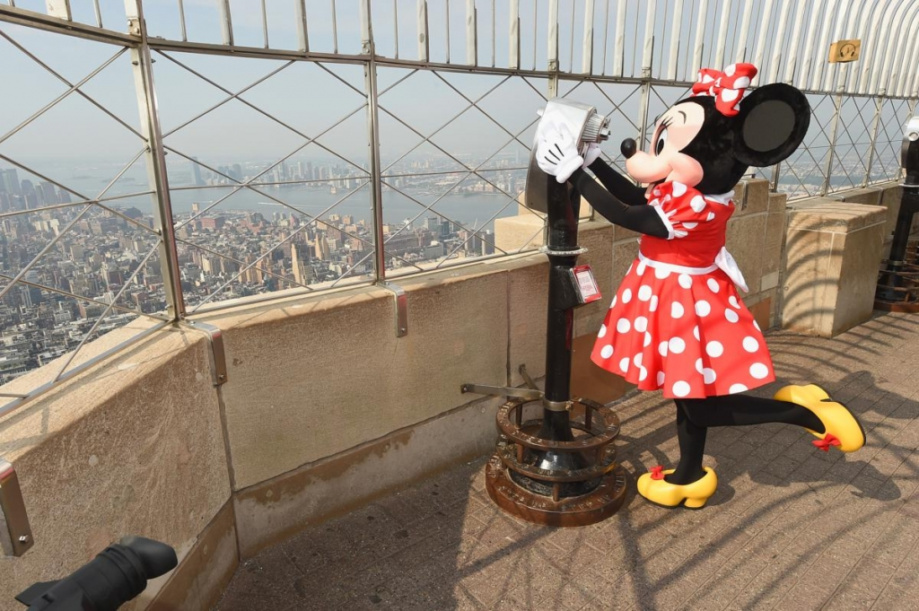 NEW YORK, NY - SEPTEMBER 05:  Minnie Mouse takes NYC visiting the Empire State Building to kick off her first ever NYFW visit on September 5, 2017 in New York City.  (Photo by Michael Loccisano/Getty Images for Disney)