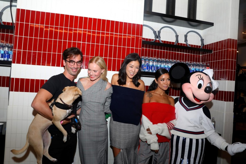 NEW YORK, NY - SEPTEMBER 08:  Minnie Mouse (R), wearing a custom Monse look, poses backstage with Fernando Garcia, Kate Bosworth, Laura Kim, and Jhene Aiko at Monse SS18 NYFW show at The Eugene on September 8, 2017 in New York City.  (Photo by Anna Webber/Getty Images for Disney)