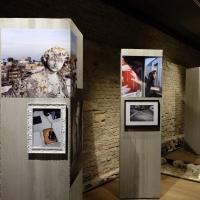mostra FuoriCentro_sotterranei Palazzo Chiericati Vicenza - sala con foto scattate da Lavinia Parlamenti