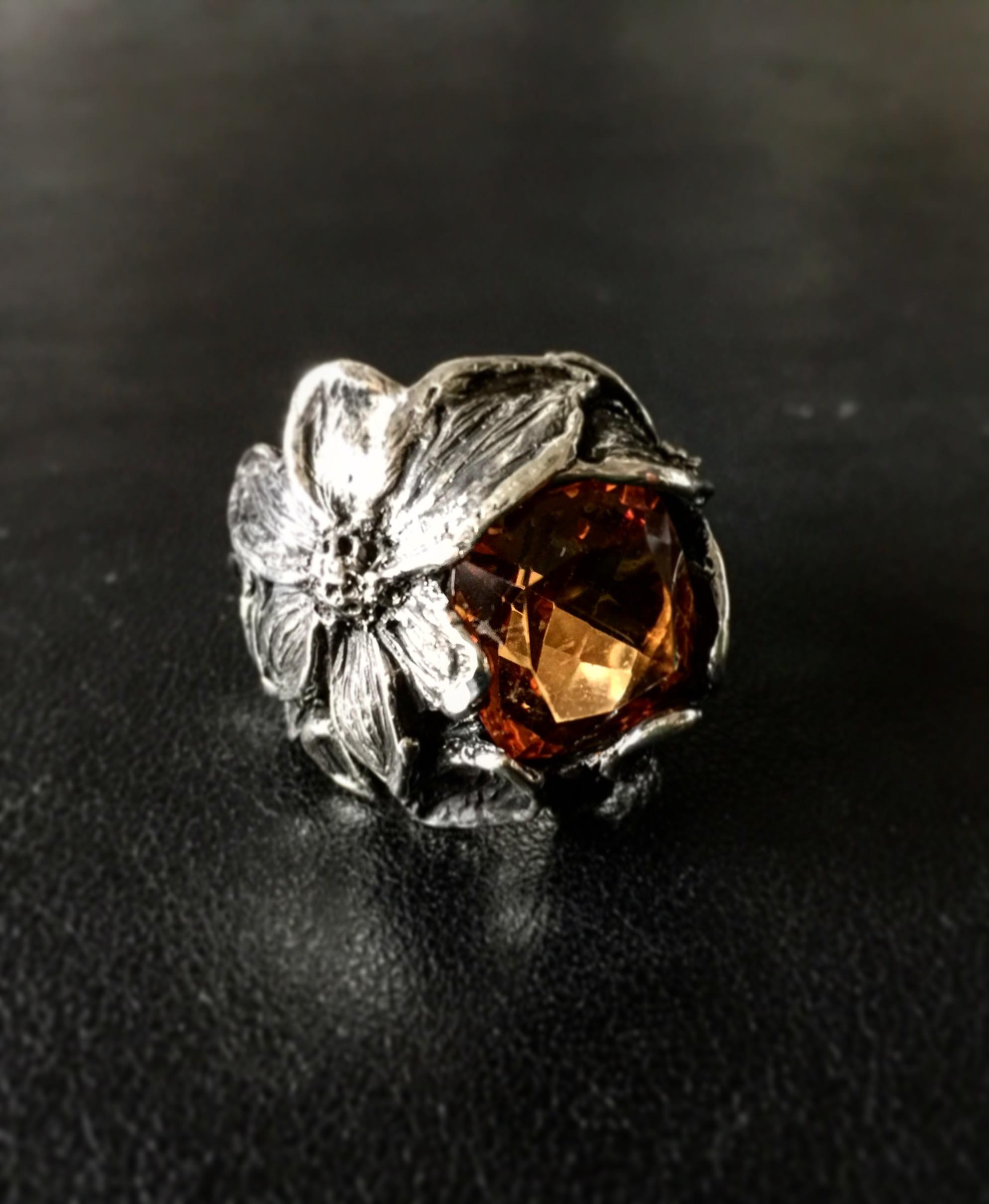 Anello bouquet florealeargento e topazio