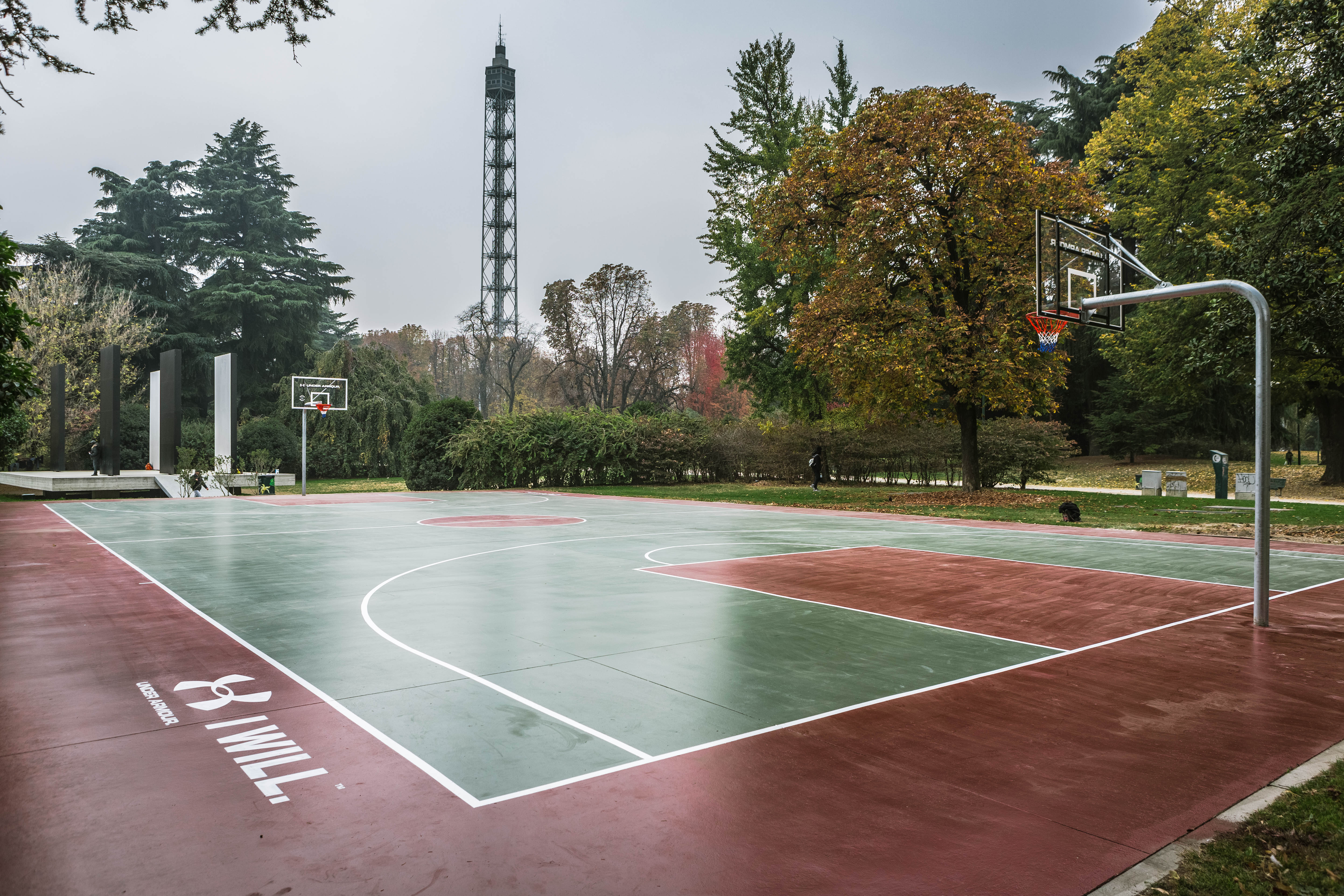 Under armour rinnova il campo da basket del parco sempione for Il campo da basket