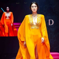 Peter Dundas sfilata in Cina