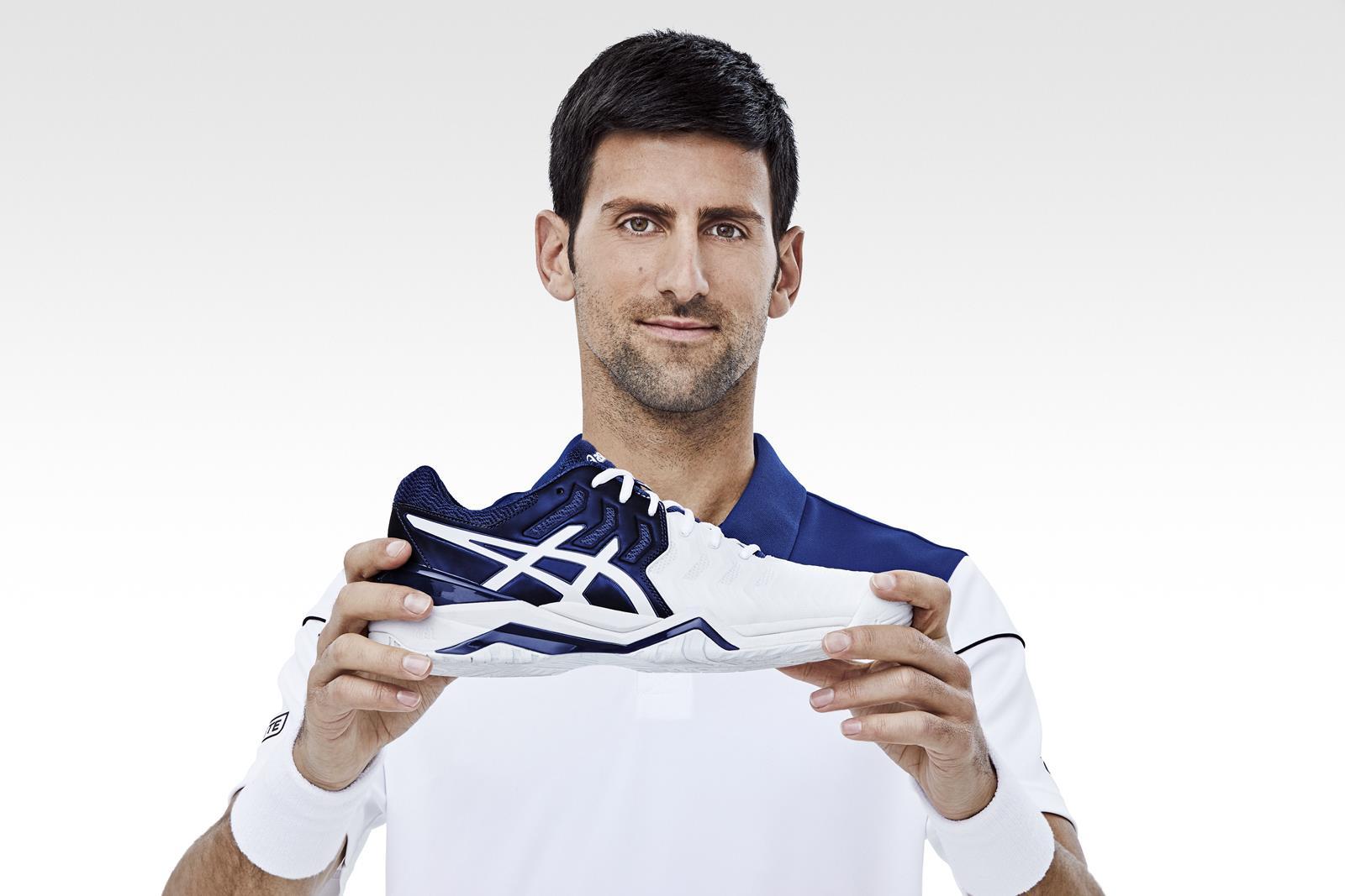 Novak Djokovic per Asics