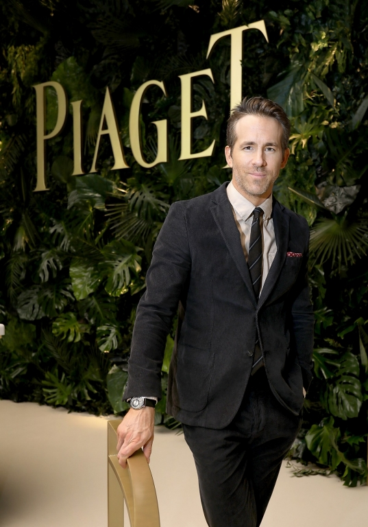 GENEVA, SWITZERLAND - JANUARY 15:  Ryan Reynolds visits the #Piaget booth during the #SIHH2018 on January 15, 2018 in Geneva, Switzerland.  (Photo by Remy Steiner/Getty Images for Piaget) *** Local Caption *** Ryan Reynolds