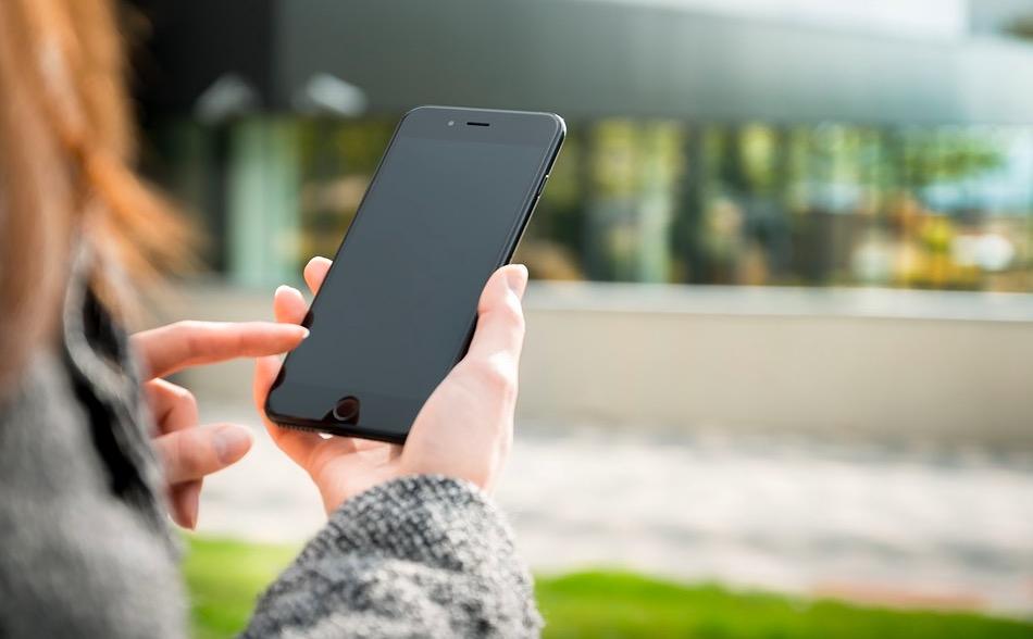 Samsung Galaxy S9 avrà una fotocamera con apertura variabile da f/1.5 af/2.4