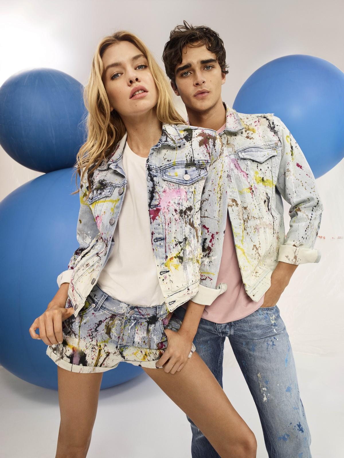 Pepe Jeans London presenta la campagna primavera estate 2018 con protagonisti Stella Maxwell e Pepe Barroso Silva