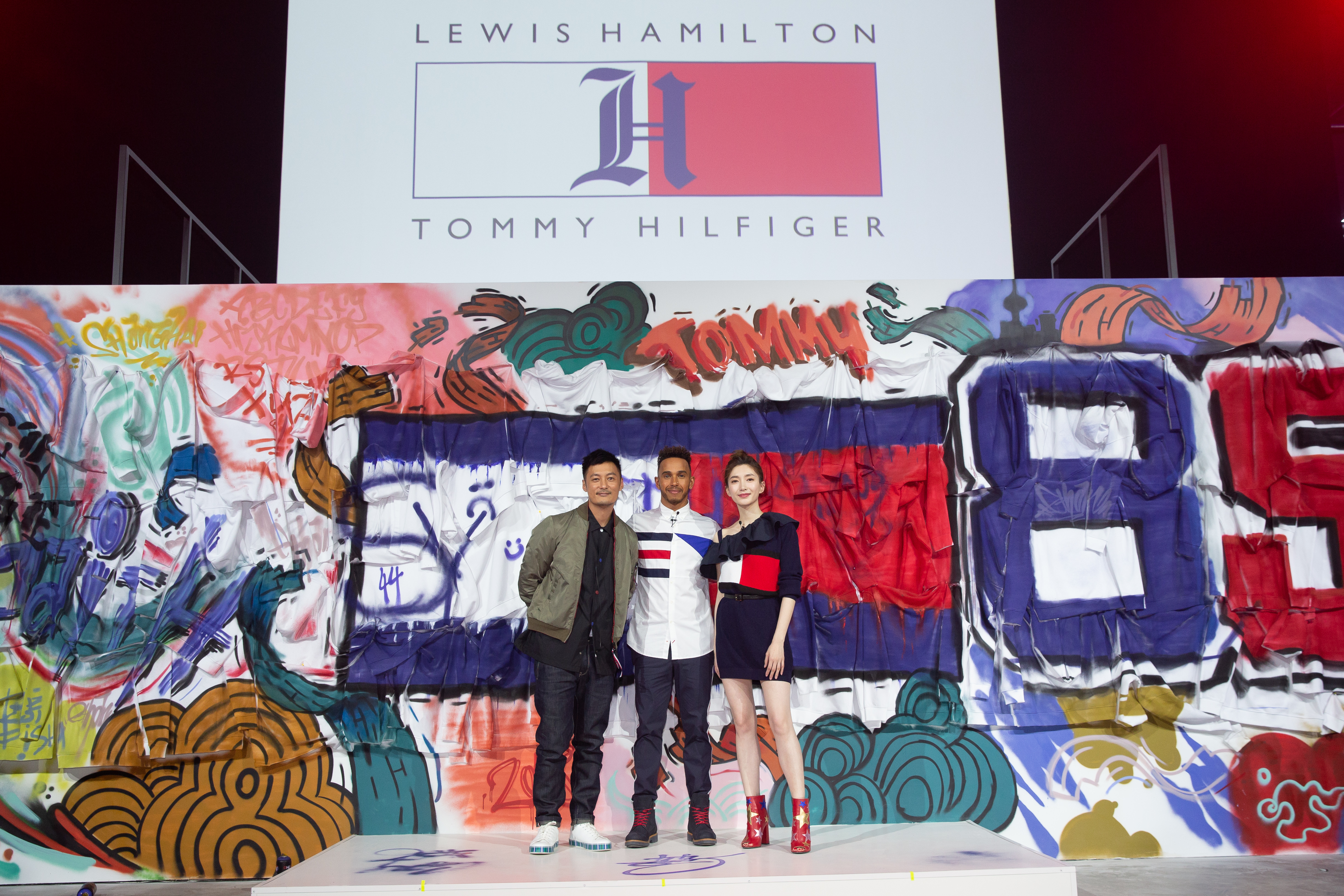 Tommy Hilfiger e Lewis Hamilton insieme con 'TommyXLewis