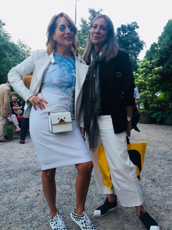 Jo Squillo, a sinistra, e Cinzia Malvini, celebri