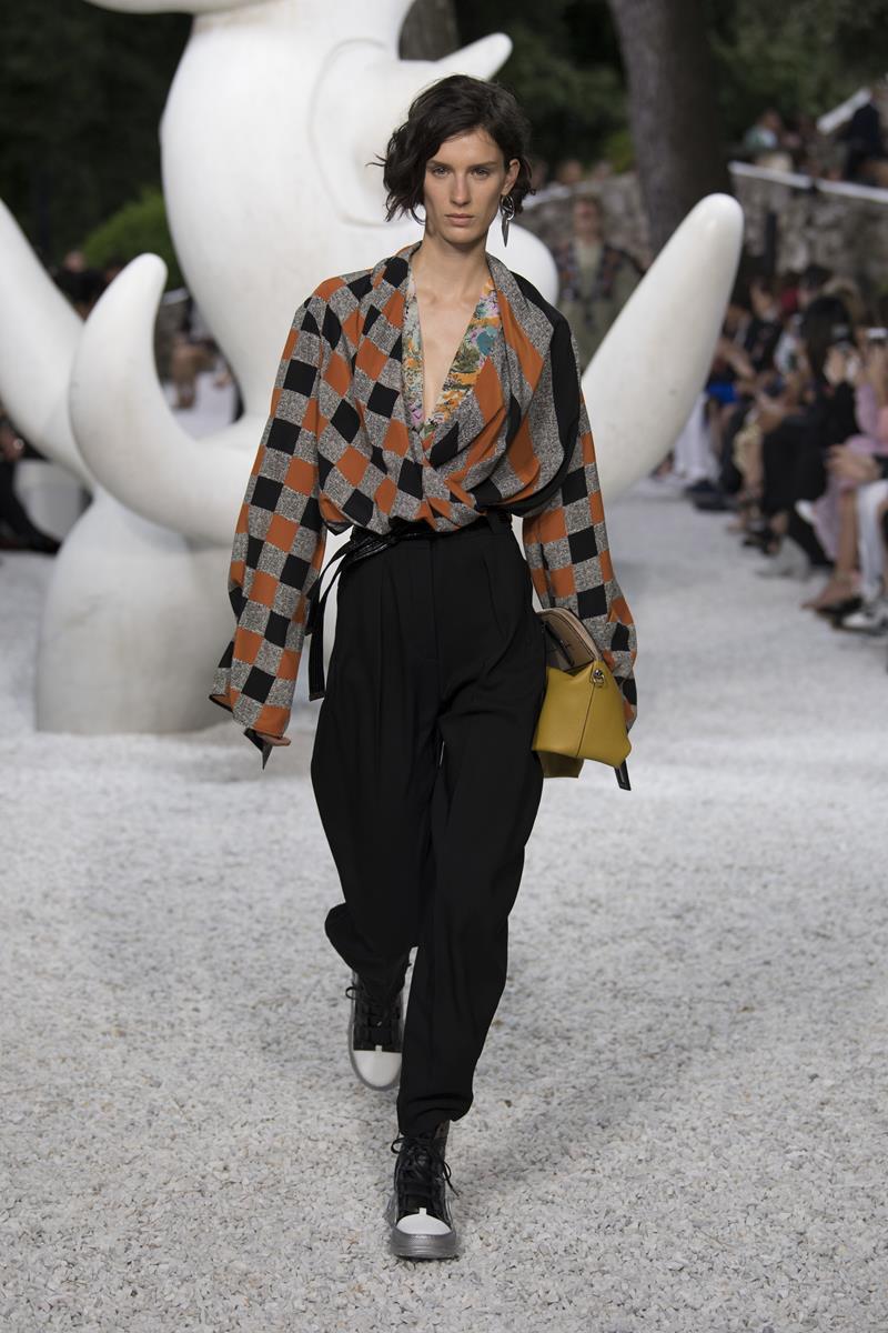 Louis Vuitton fashion show Cruise 2019