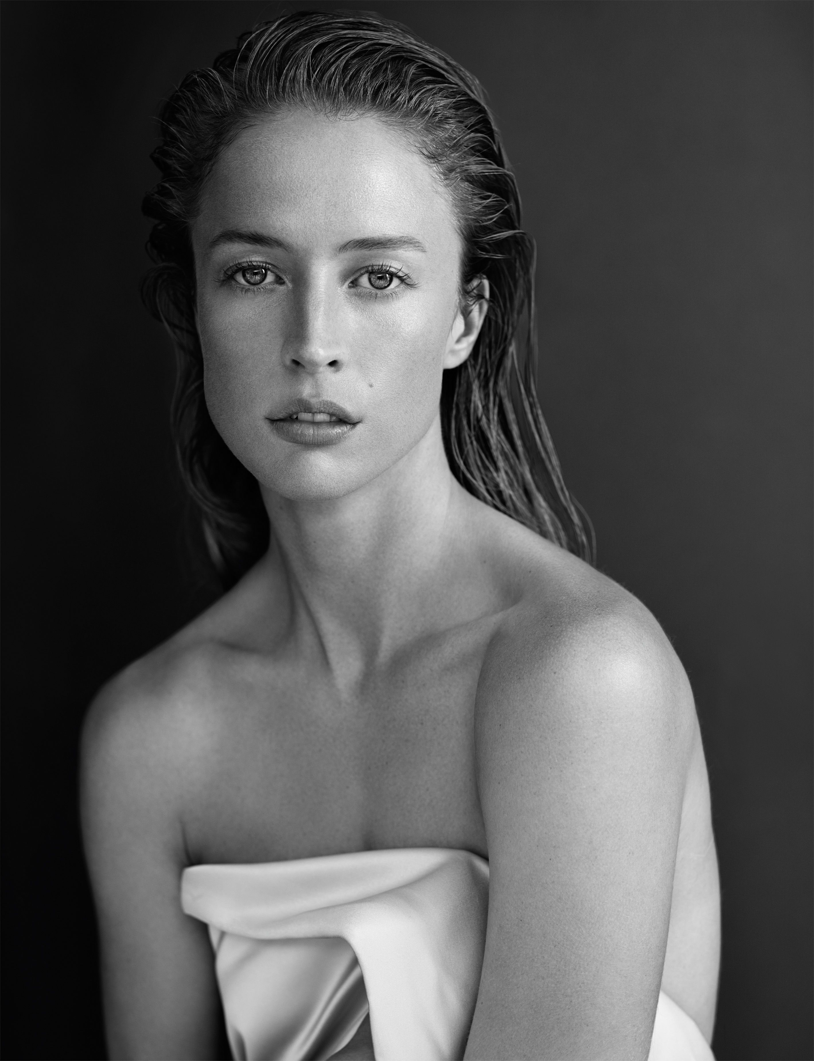 Raquel Zimmermann by Josh Olins for Narciso Rodriguez Fragrance Ad Campaign