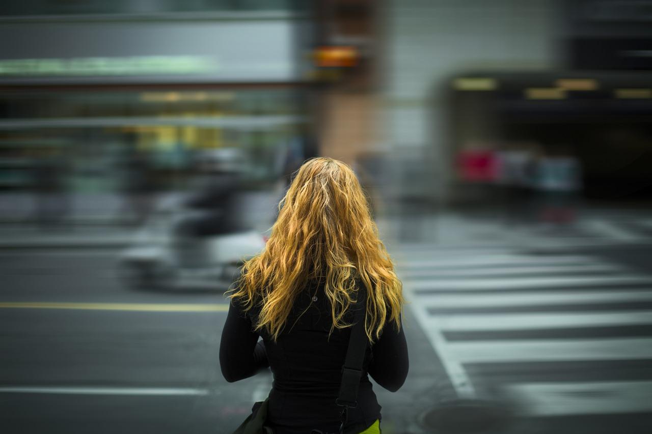 capelli forti contro lo smog della città