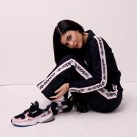 kylie jenner adidas originals falcon scarpa running