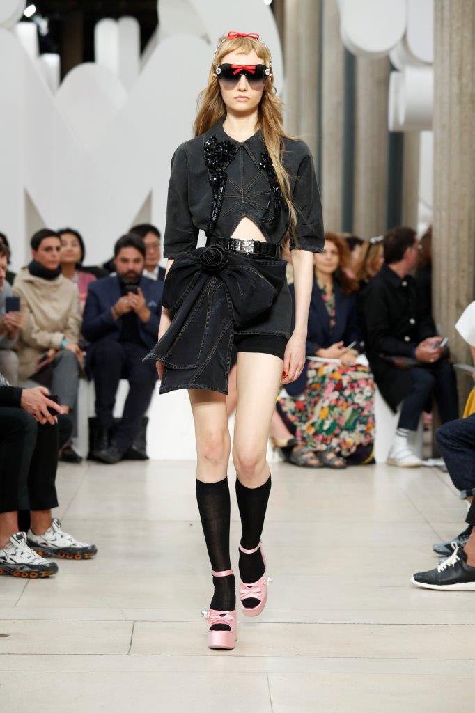 reputable site 6c031 77baa Miu Miu Spring-Summer 2019 | Fashion Times