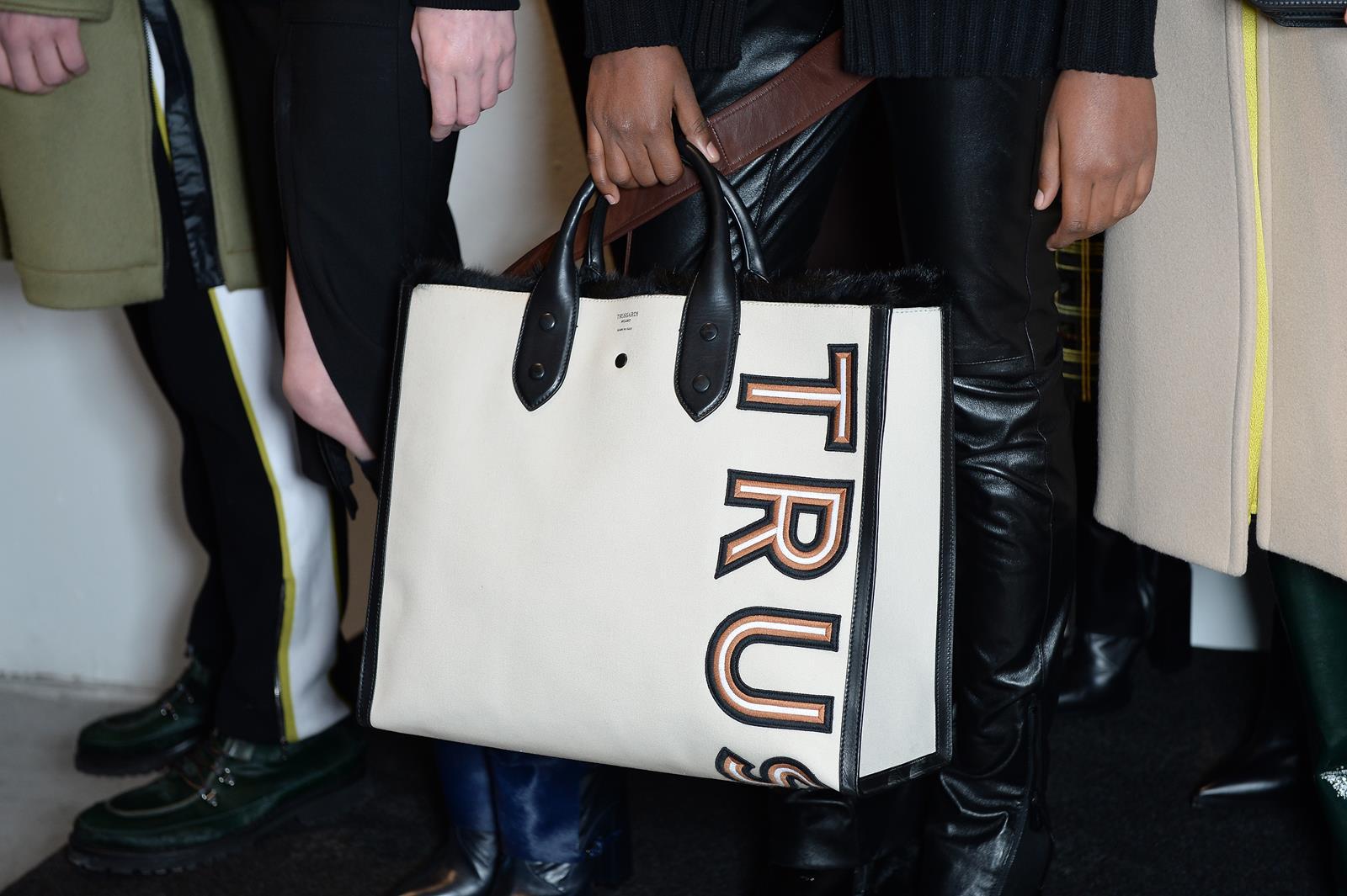 trussardi shopping logo