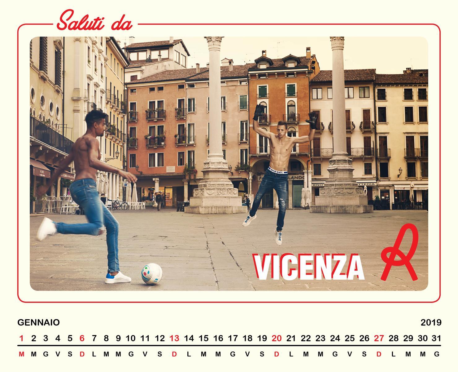 Modelli Calendario 2019.Diesel I Calciatori Del L R Vicenza Diventano Modelli Per