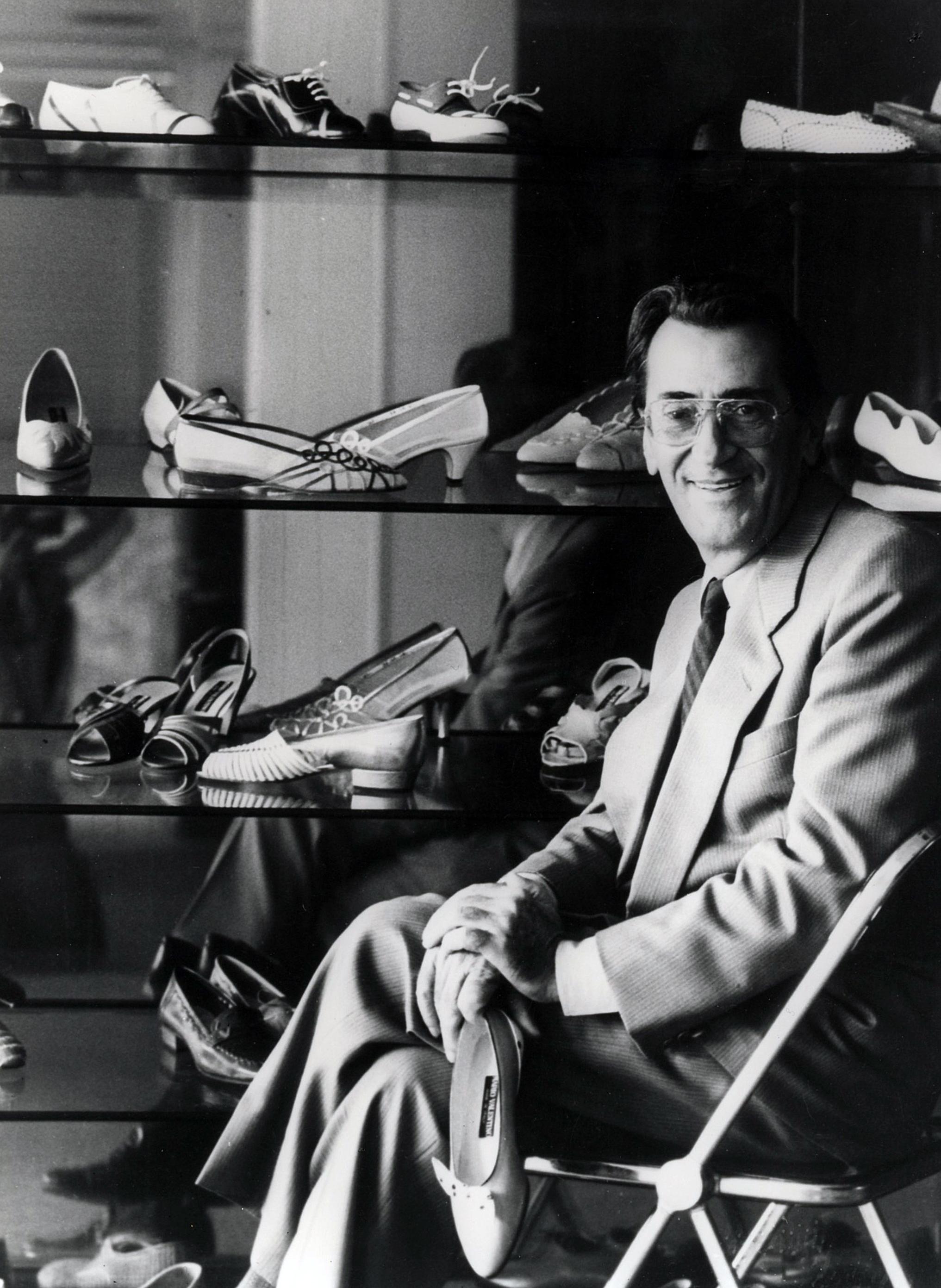 Mario Valentino ritratto da Mimmo Jodice-Archivio Mario Valentino