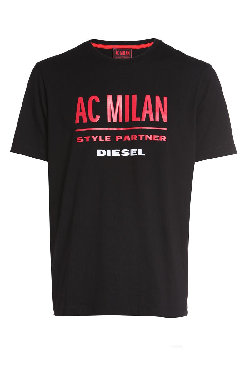 Diesel disegna la nuove divise del Milan  342ff0b5e0b7