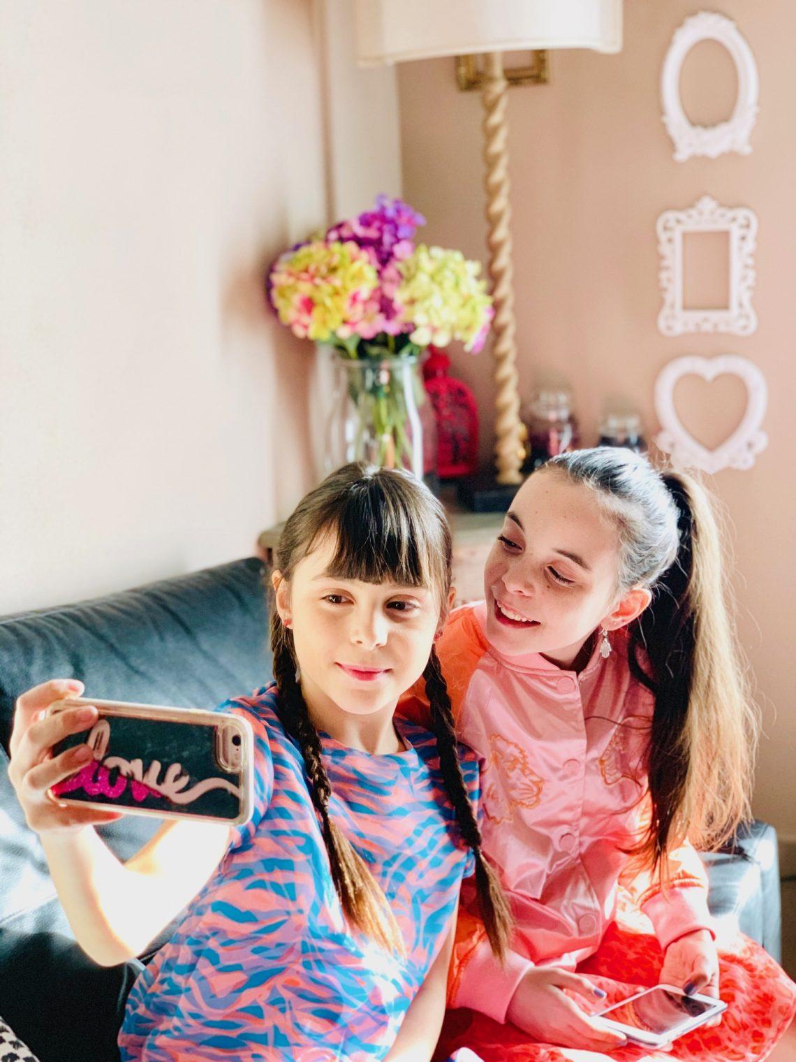 online store b13c7 1c59e Abiti da cerimonia per bambine ormai già grandi? La proposta ...