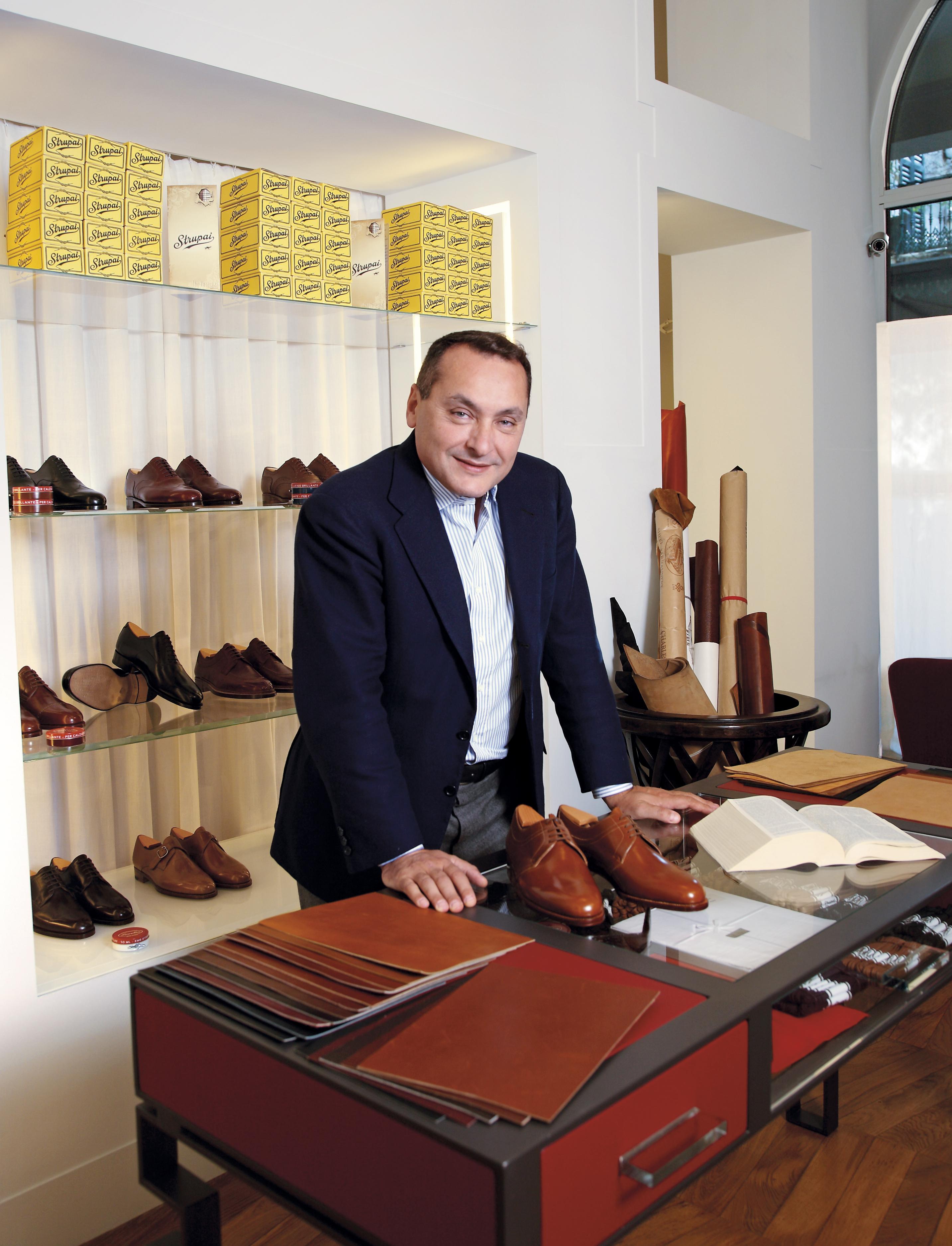 Ante Su Misura Milano.Scarpe Su Misura Da Oggi Online Grazie Allo Scanner Your Shoe Fit