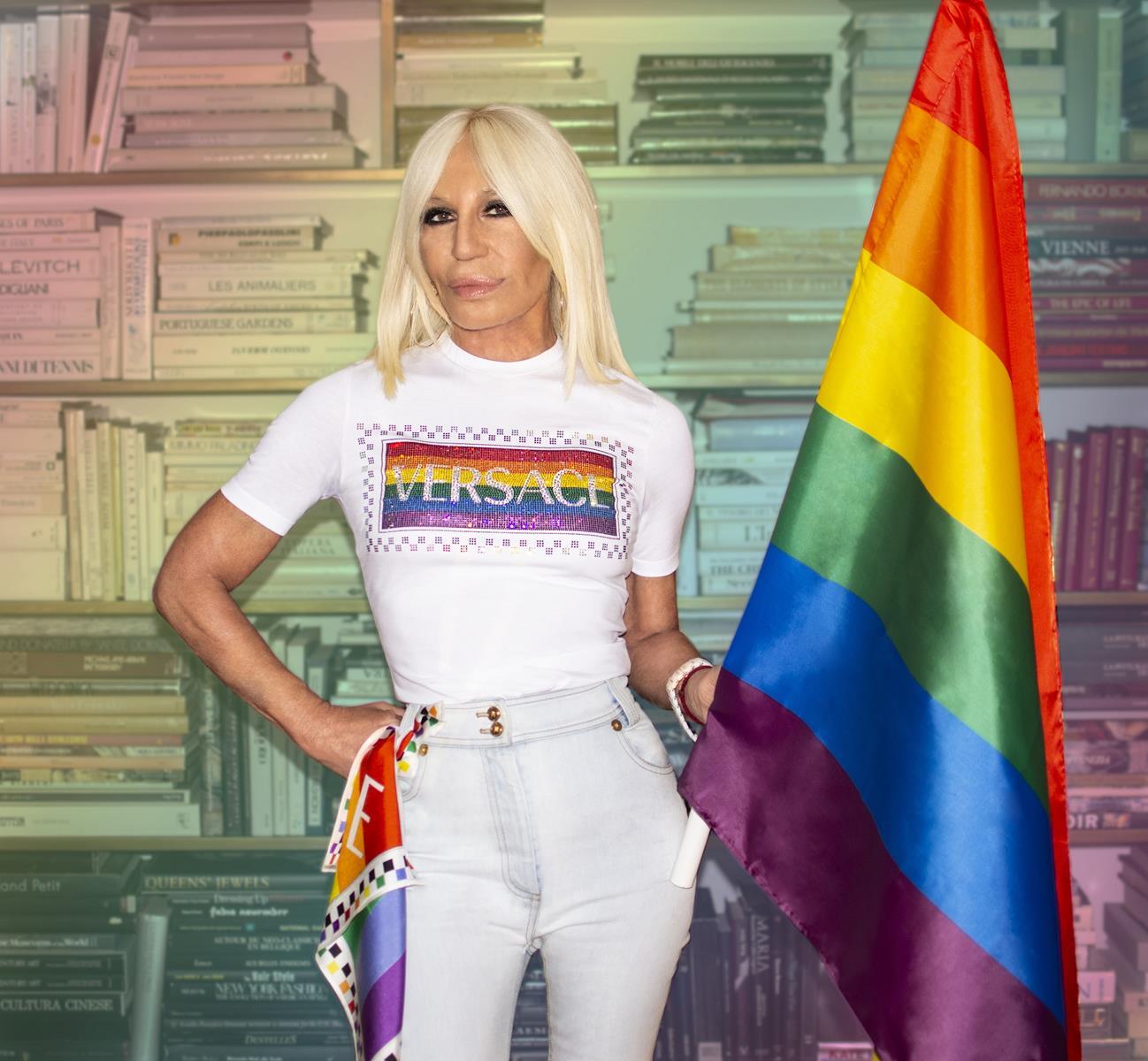 versace t-shirt pride rainbow