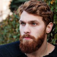 barba lunga moda