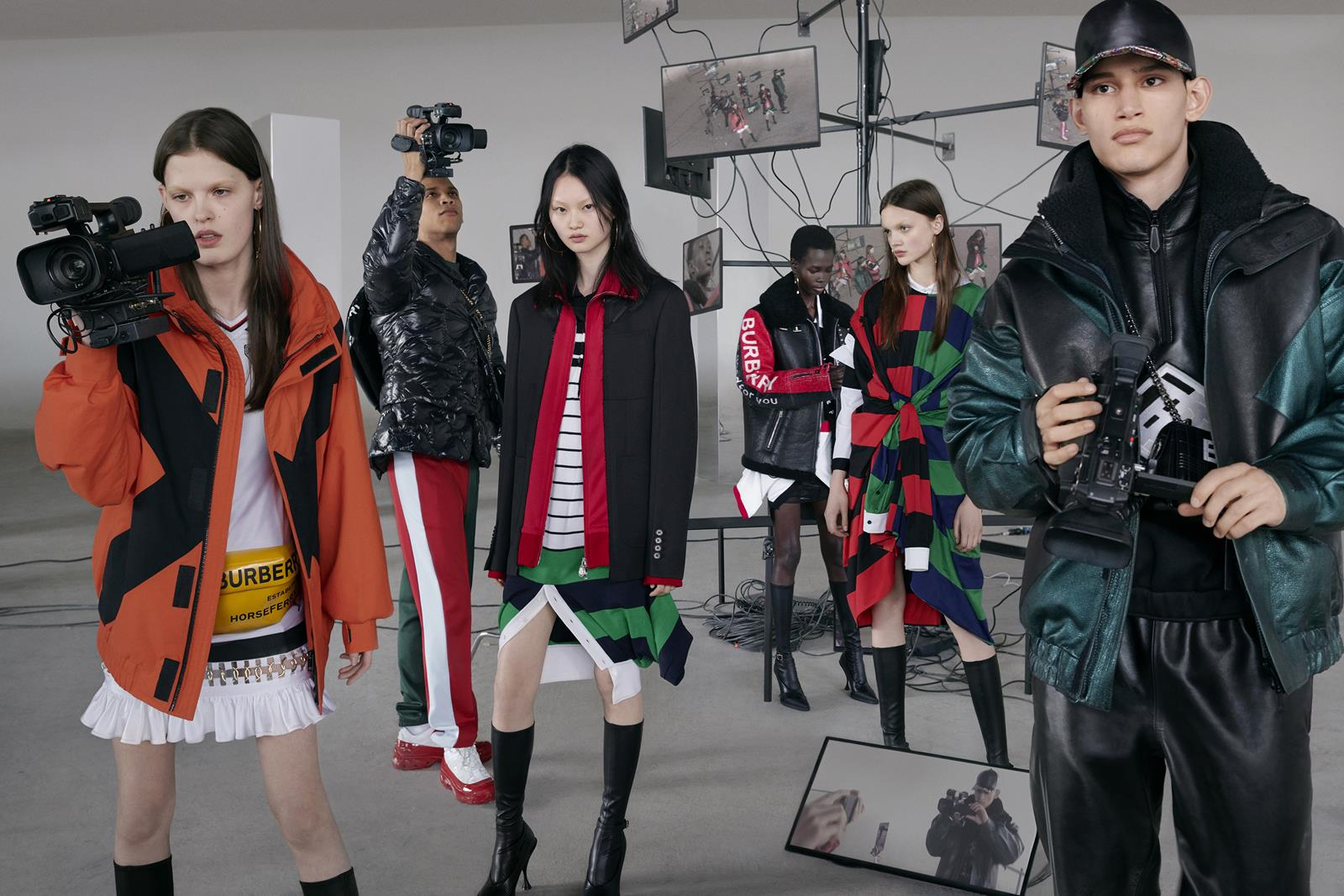 Anna Ross, Junior Vasquez, He Cong, Mammina Aker, Shayna McNeil and Alexis Chaparro photographed by Nick Knight for the Burberry Autumn_Winter 2019 campaign c Courtesy of Burberry _ Nick Knight