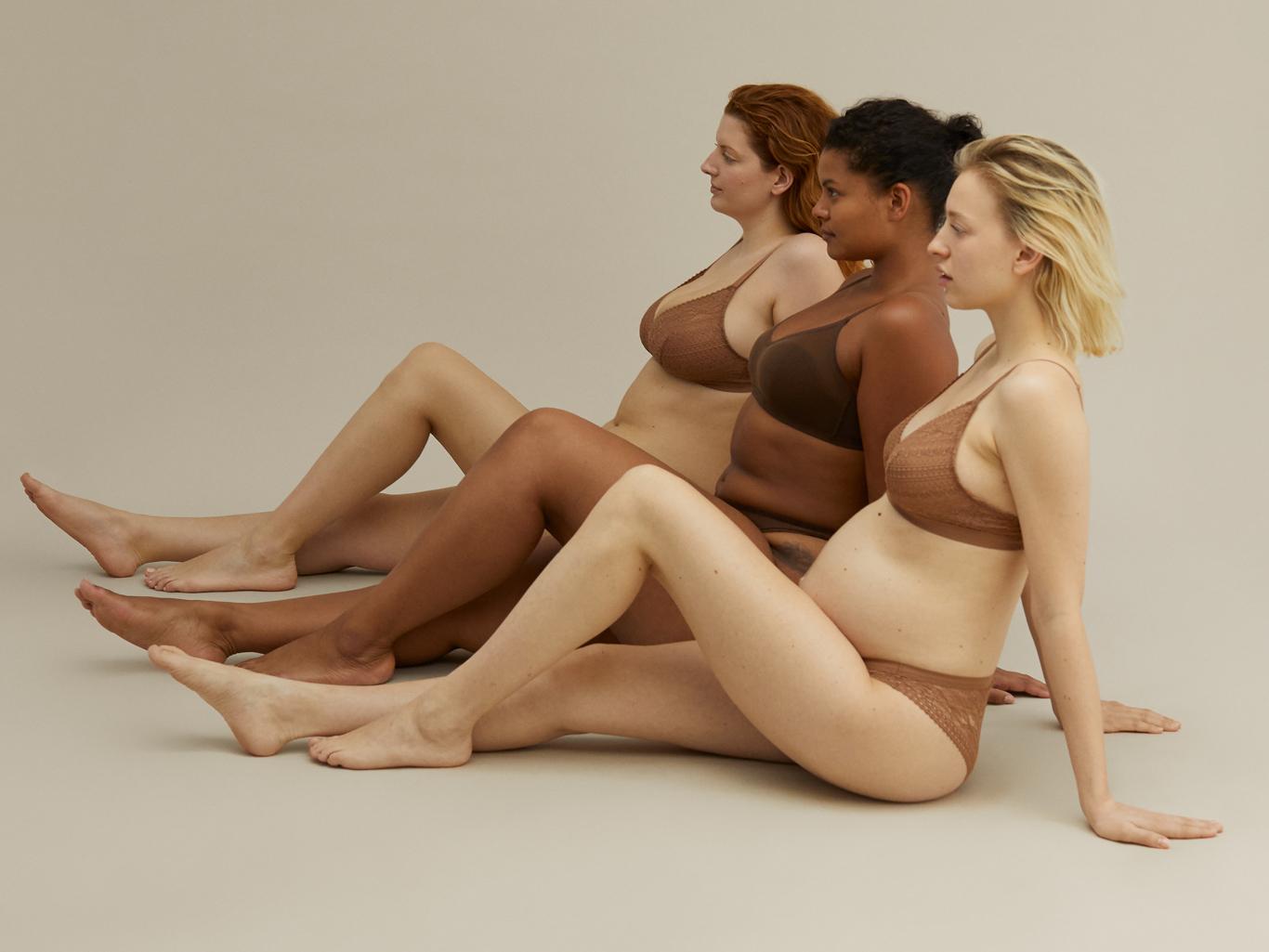oysho collezione curvy donne morbide