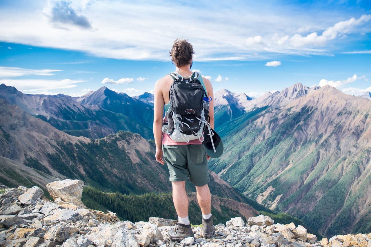 viaggi avventurosi cosa mettere nello zaino