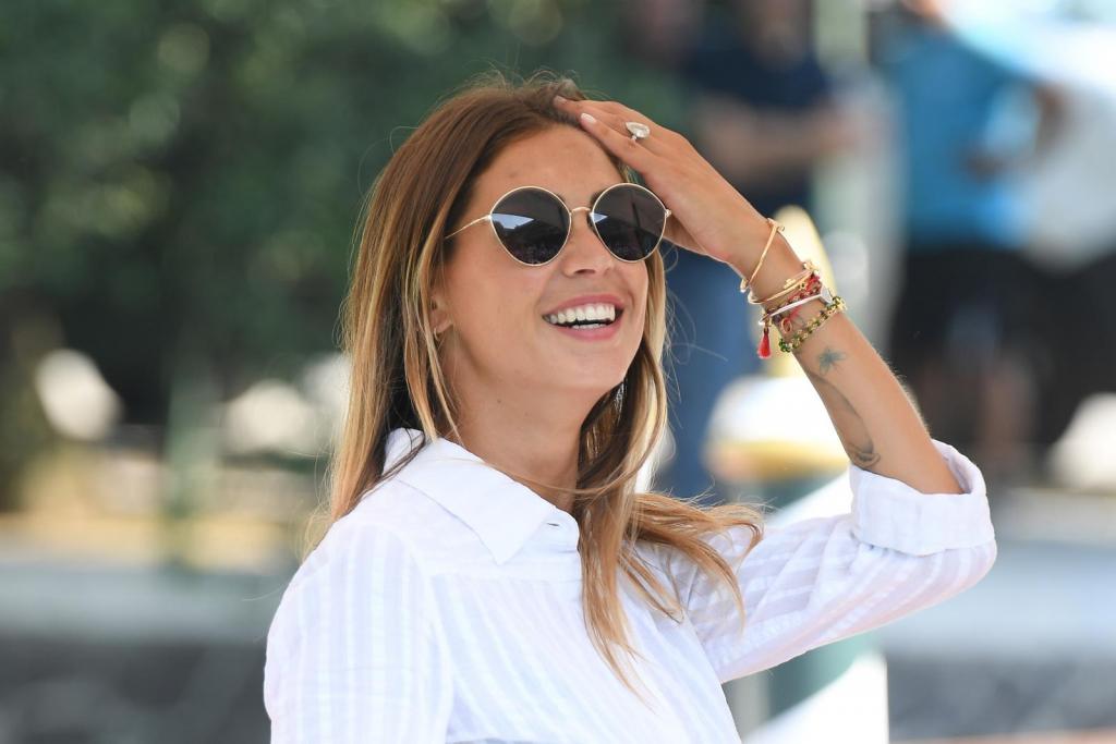 Melissa Satta con occhiali MaxMara