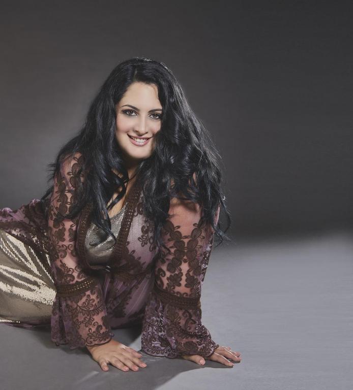 Michela Ballarino interpreta Ashley Graham