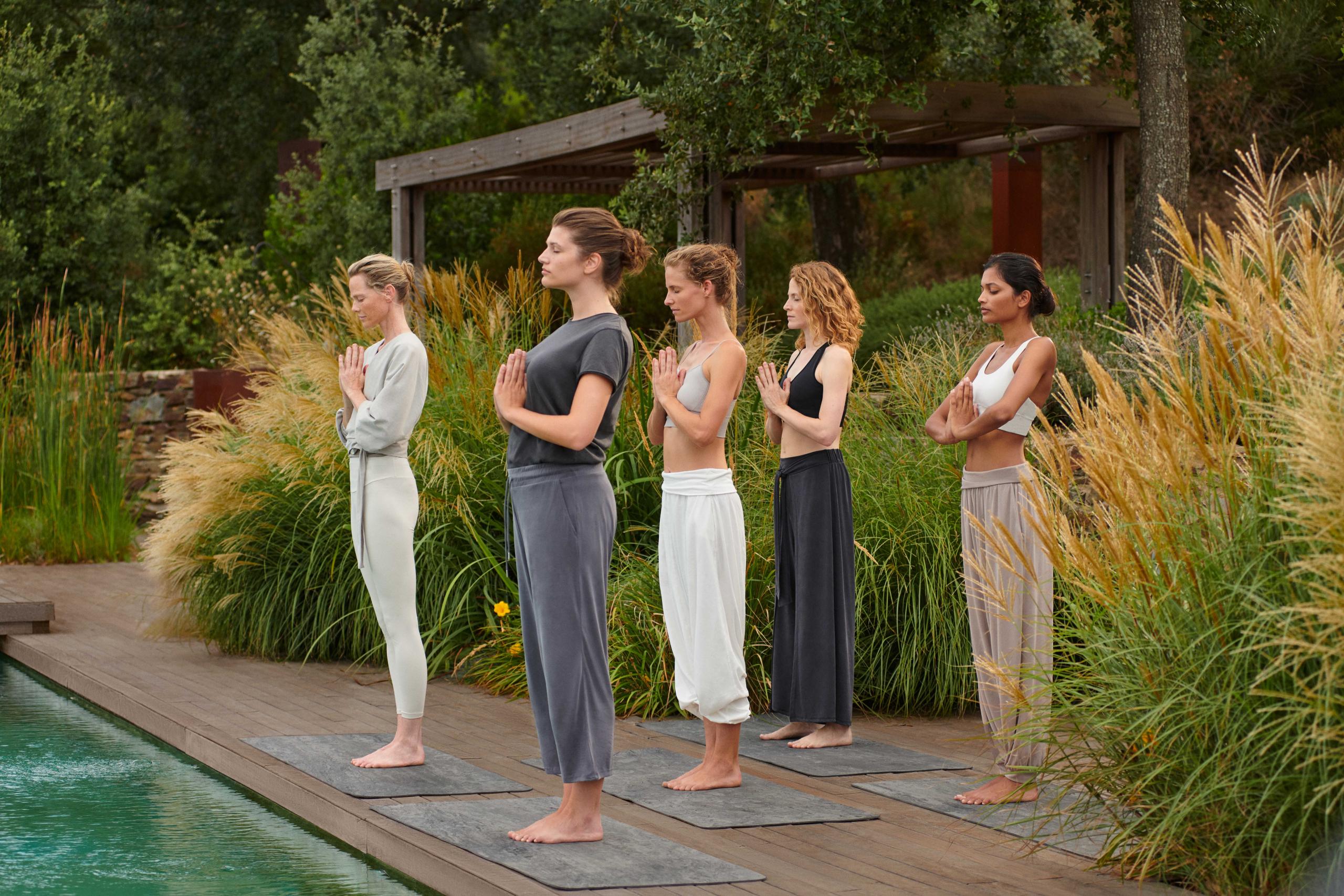 Oysho Yoga & Meditation Collection (1)