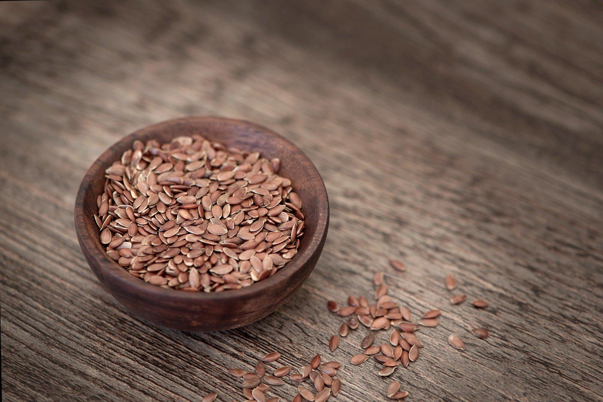 semi di lino per dieta menopausa