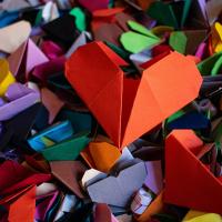 origami cuore facile istruzioni