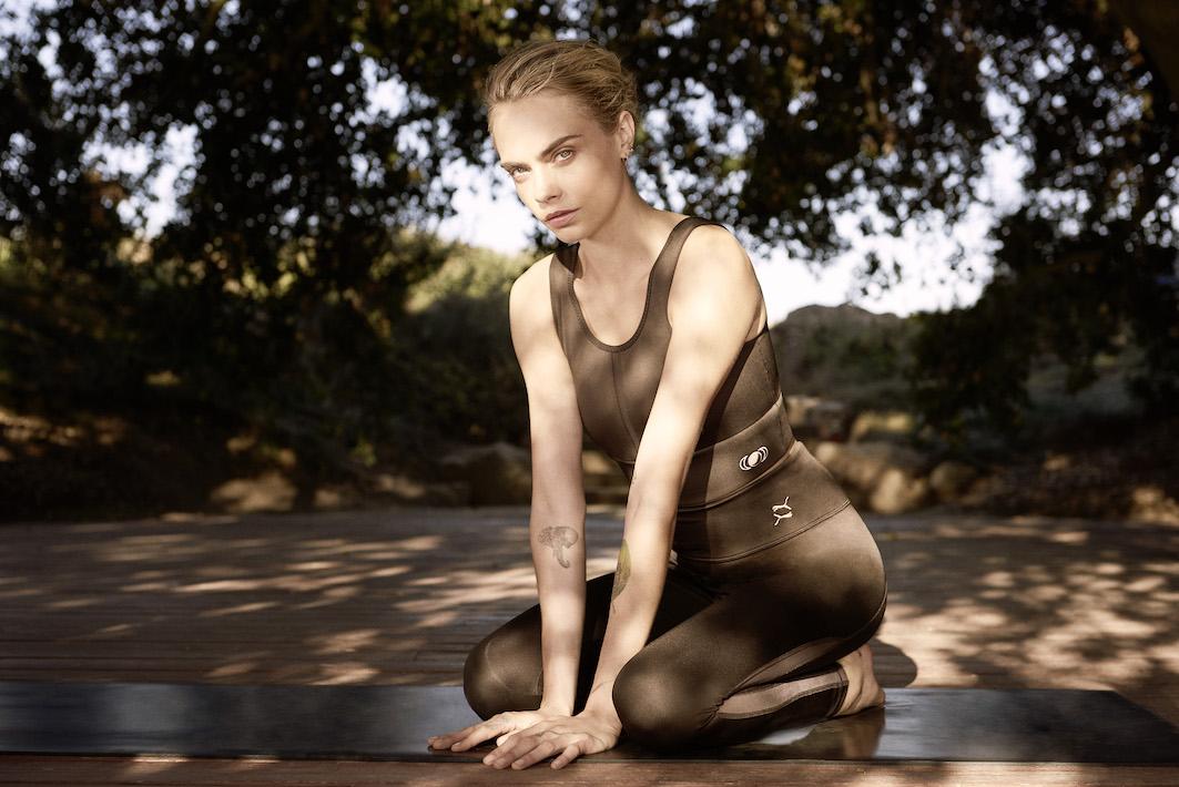 abbigliamento yoga puma cara delevingne